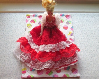 multi colored cup cakes hand quilted doll quilt