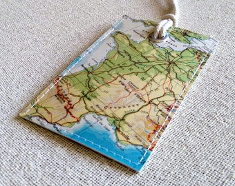 France luggage tag made with original vintage map