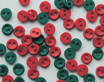 Christmas MICRO MINI ROUND - Red Green Tiny Dress It Up Craft Sewing Buttons