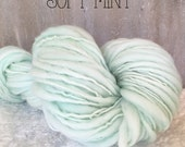 Slub Yarn, Thick and Thin Yarn, Hand Dyed Merino Yarn, Hand dyed Slub Yarn, Hand painted slub yarn, baby prop yarn, Soft Mint