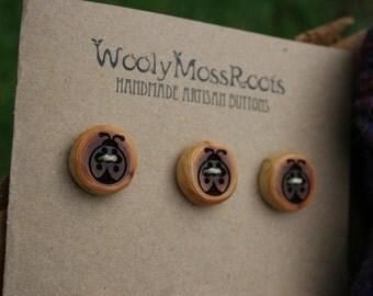 SALE! 6 Ladybug Red Cedar Buttons- Reclaimed Western Red Cedar Wood- Handmade Wooden Buttons- Eco Craft Supplies- Knitting Supplies