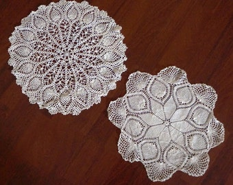 Vintage Doily Crochet Doilies Pineapple Star Set of Two Wedding White 1930s