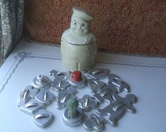 Star Bottom Ceramic Cookie Jar, Rare  Marine  Original Paint, Roly Poly Man Marine Chef, Decorative Biscuit Jar, 1940's