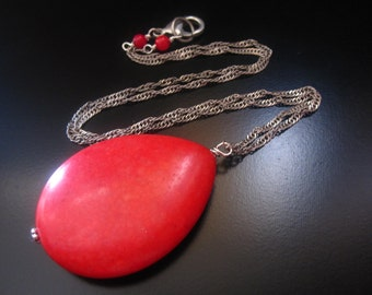 Red Teardrop Necklace, Large Red Howlite Teardrop Pendant, Antique Silver Twisted Chain, Red Jewelry, Red Necklace, Red Pendant Necklace