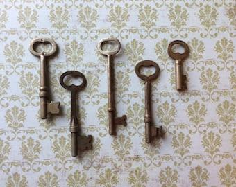 Vintage Skeleton Keys - Lot 8 - Qty 5 - FREE SHIPPING U.S.