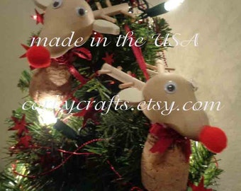 Wine Cork reindeer ornament - Rudolph the red nosed reindeer, wine bottle tag/tree ornament