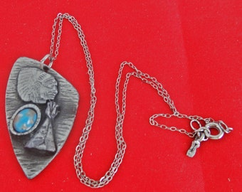 """Vintage 16"""" silver tone necklace with 1.75"""" Native American inspired pendant in great condition"""