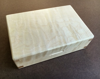 Tiger Maple Wood Fly Box (16-5)