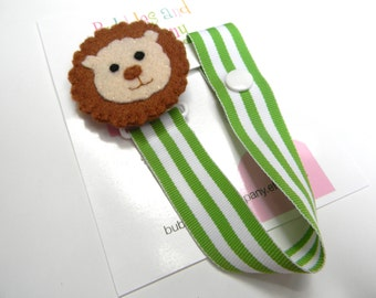 Boys pacifier clip, pacifier clip, pacifier holder, lion pacifier clip, lion baby gift, binky clip, binky holder, felt pacifier clip