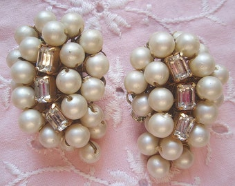 Vintage Alice Caviness Rhinestone Pearl Earrings 1950's Creamy Pearls Rhinestones Hollywood Glamour Wedding Bridal Clip Ons