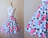 50s Skirt - Vintage 1950s Skirt - Novelty Print Atomic Palm Leaves Dandelion Puffs S - Arcas Keys Skirt