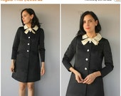 25% OFF SALE... Vintage 60s Dress | 1960s Holiday Dress | Vintage 1960s Dress | Little Black Dress | LBD