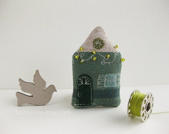 Tiny house BROOCH ocean green white with green twinkle lights