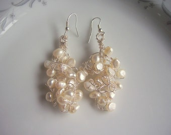 Pearl and silver wire crochet chandelier wedding earrings, bridal earrings pearl earrings, wire crochet jewelry