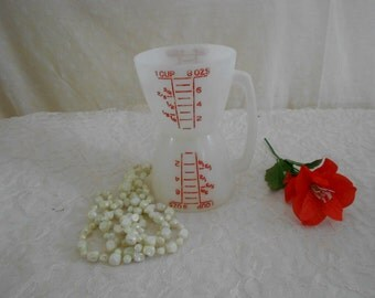 Tupperware Measuring Cup Double Sided Liquid and Dry