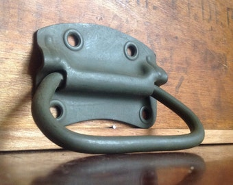 Large Vintage Stanley Pull / Handle. Pale Army Green. Like New. Made in USA.