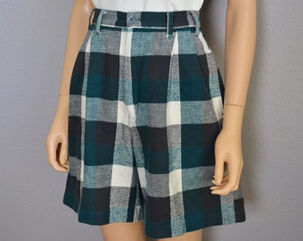 90s Plaid Shorts High Waisted Shorts Black Green and White Wide Leg Cut 90s Clothing Epsteam