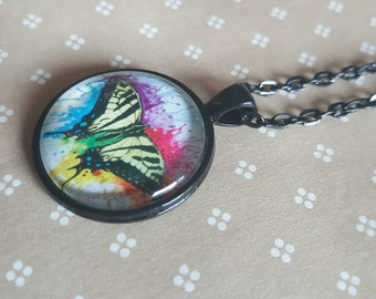 25mm round pendant necklace - butterfly