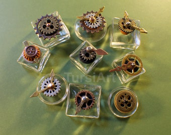 Tiny Steampunk Glass Boxes with lids Glass Bottles Steampunk Gears watchparts & spinners Steampunk Vial Steampunk Vessel Miniatures