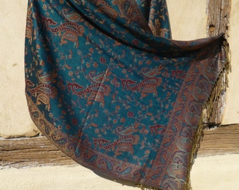 """Reversible Teal Blue Pashmina shawl/stole. With gold. 70 x 28""""  178 x 71 cm"""