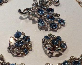 Vintage Crown Trifari Blue Rhinestones Necklace Earrings Brooch