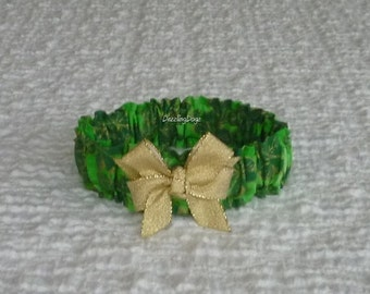"Dog Scrunchie Collar:  Gold and Green Shamrocks with gold glitter bow - Size S - 12"" to 14"" neck"