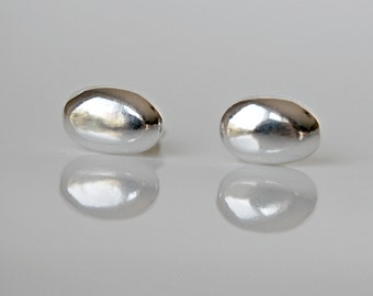 Sterling silver studs, oval, silver stud earrings, little earrings, sterling silver earrings, minimal, simple jewelry, littleglamour - Lesia