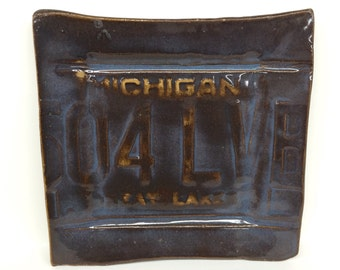 Michigan License Plate Platter, Brown and Blue