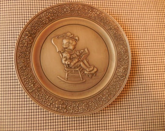 1981 Little Gallery Hallmark Cards Collectible Pewter Plate