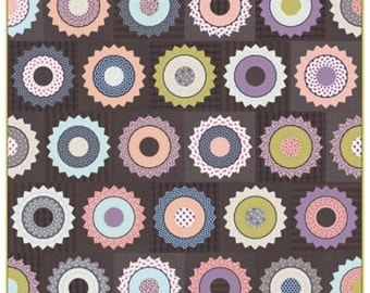 GARDENVALE Quilt Kit with Moda Gardenvale Fabric by Jen Kingwell KIT18100