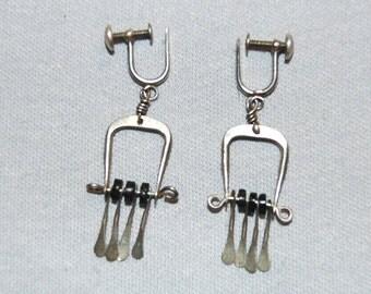 Vintage / Earrings / Dangle / Southwest / Sterling / Silver / Old /  jewellery / jewelry