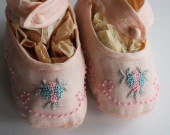 Antique SILK EMBROIDERED Baby SHOES Infant Girl Child Children Pink Blue Green Doll Crib Booties Embroidery French Knots Ankle Strap Button