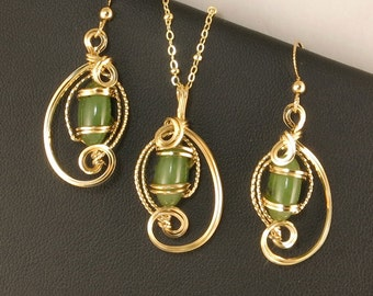 Jade Gold Jewelry Gift Set, Green Nephrite Jade Gemstone Jewelry Set, Gold Wire Sculpture Jewelry