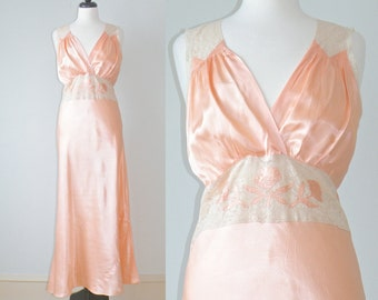 Vintage 1930s Nightgown, 30s Lingerie, 1930s Bias Cut Gown, Pink Satin and Lace Slip Dress, Bridal Boudoir M - L