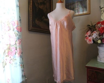 Stunning Pink Night Gown Size XXL