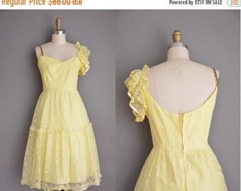 Anniversary SHOP SALE... vintage 1960s dress / buttercup yellow lace dress / 60s dress