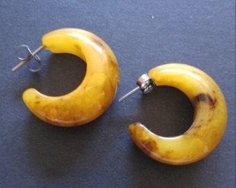 Vintage pair small size Bakelite pierced semi hoop earrings Marble Butterscotch Brown semi transparent +tested