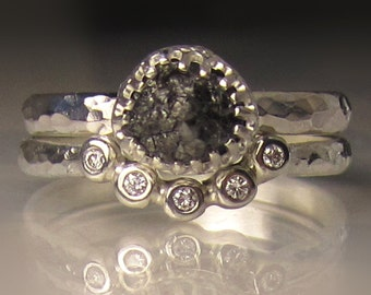 Raw Diamond Engagement Set, Black Raw Diamond Ring, Hammered Rough Diamond Engagement Ring