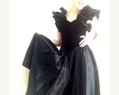 VALENTINES DAY SALE 80s black velvet dress ballgown southern gothic size small Midnight Dream