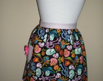 Handmade half apron retro multi-coloured mexican skull print NEW cotton great for kitchen teas hens night bridal shower