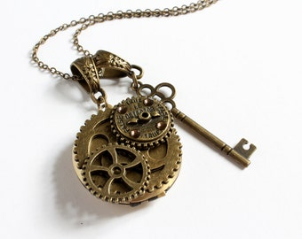 Steampunk True False Detector Locket with Key Necklace