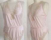 ON SALE Vintage / Miss Elaine / Light Pink / Floral Lace Detail / Boudoir / Union Made / Lingerie / Teddy / Medium