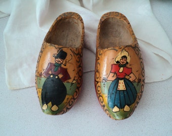 Pair of Handmade Handpainted Dutch Wooden Shoes Holland