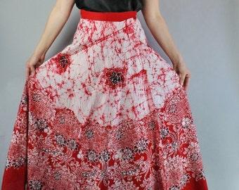 Vintage 70s Women's Red Floral Batik Hippie Long Maxi Summer Festival Cotton Wrap Skirt