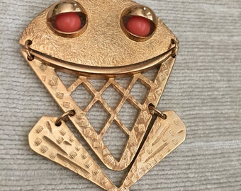 Fun Faux Coral Eyed Reticulated Gold Tone Frog Vintage SARAH COVENTRY Necklace