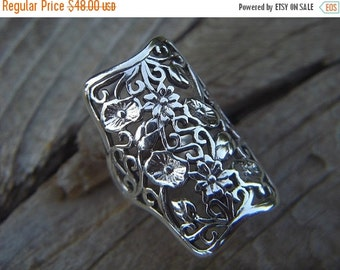 ON SALE Large flower ring in sterling silver