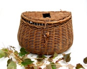 vintage creel.fishing.cabin.mountain.sports.basket.rustic.40s.50s.tessiemay vintage