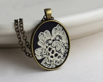 Small Oval Pendant, Black and Ivory Necklace, Art Nouveau Wedding, Victorian Jewelry, Boho Jewelry for Women, Gift for Mom, Wife, Girlfriend