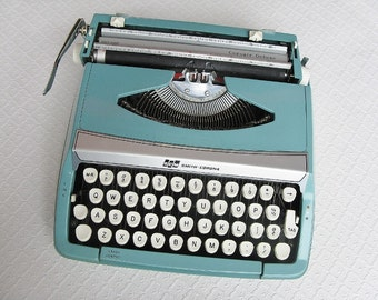 Vintage Aqua Smith-Corona Corsair Deluxe Typewriter, 1960s
