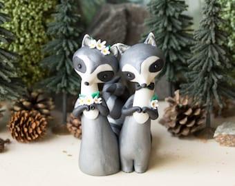 Raccoon Wedding Cake Topper - Handmade by Bonjour Poupette